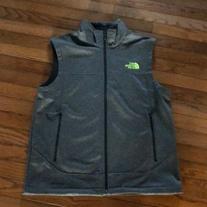 The North Face Men's vest windwall NWT M